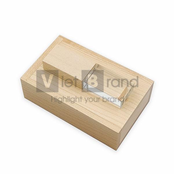 USB pha lê nắp gỗ | Quà tặng công nghệ in logo